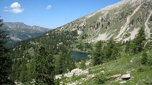 Parc National du Mercantour - Lac de Graveirette (© Iros (Travail personnel) [CC BY-SA 3.0 (http://creativecommons.org/licenses/by-sa/3.0)], via Wikimedia Commons